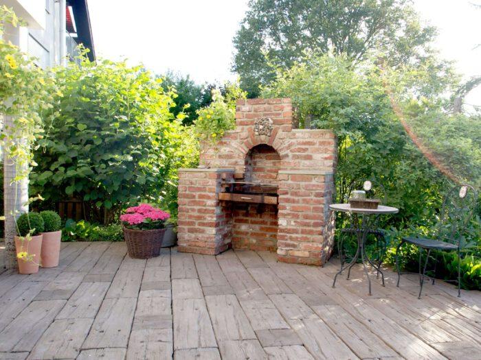 Schöne Terrassen - elegante Gestaltung, Betonplatte oder Naturstein